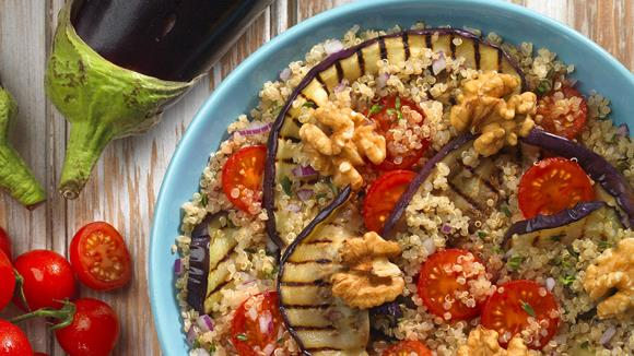 Quinoa mit gegrillter Aubergine Rezept
