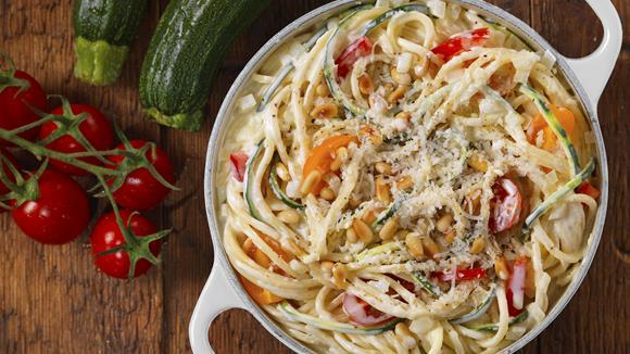 One Pot Pasta mit Zucchini Rezept
