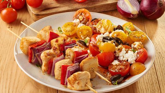 Hähnchen Spieße mit Tomatensalat