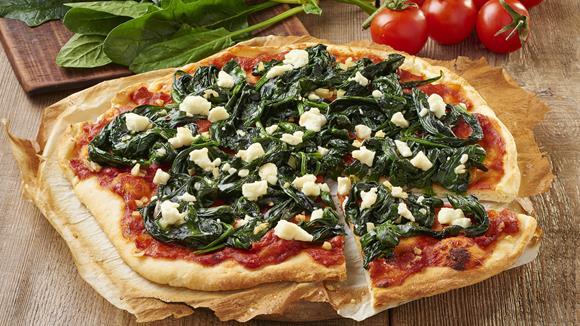 rezepte pizza mit spinat beliebte gerichte und rezepte foto blog. Black Bedroom Furniture Sets. Home Design Ideas