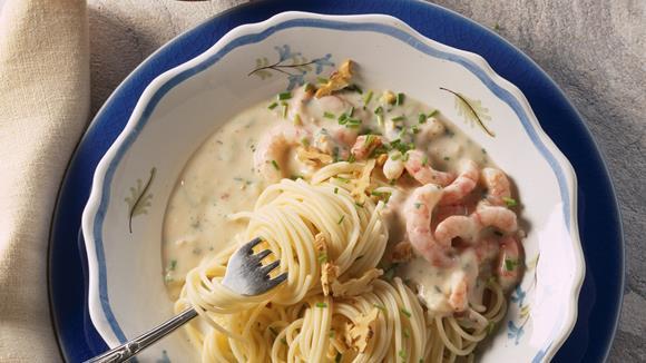 Spaghetti mit Nusssauce