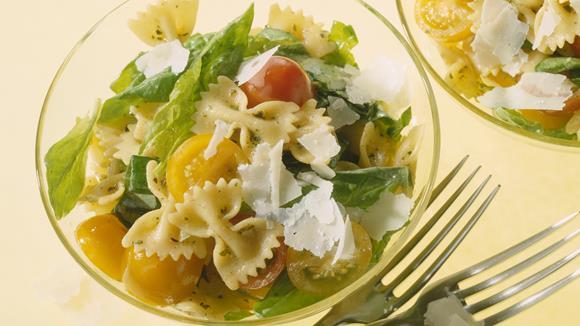 Pasta-Salat mit Spinat Rezept