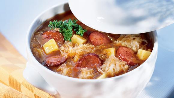 Cabanossi-Sauerkraut-Topf