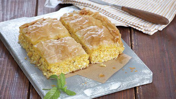 Πίτα με κίτρινη κολοκύθα και τυρί φέτα