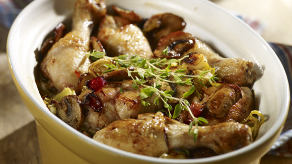 Κοτόπουλο με πράσο και μανιτάρια