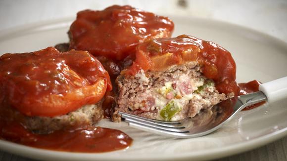 Μπιφτεκάκια με πικάντικη σάλτσα