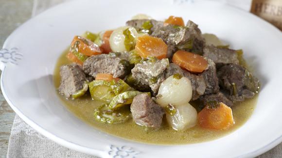 Μοσχάρι με λαχανικά σε σάλτσα μουστάρδας