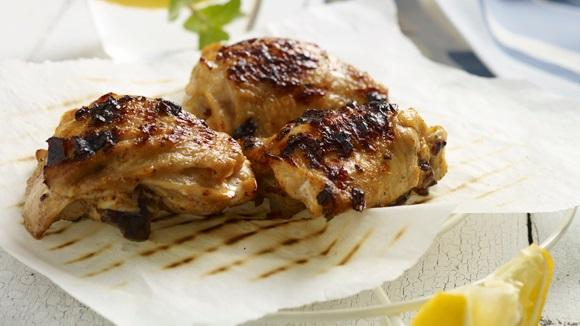 Κοτόπουλο ψητό σε μαρινάδα γιαουρτιού