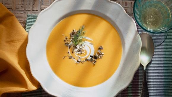Σούπα βελουτέ με γλυκιά κολοκύθα
