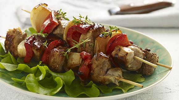 Juicy Beef Skewers With Horseradish Dip Recipe — Dishmaps