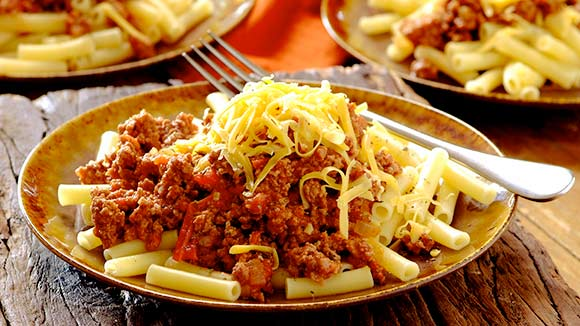 Pasta With Tomato and Mince Sauce
