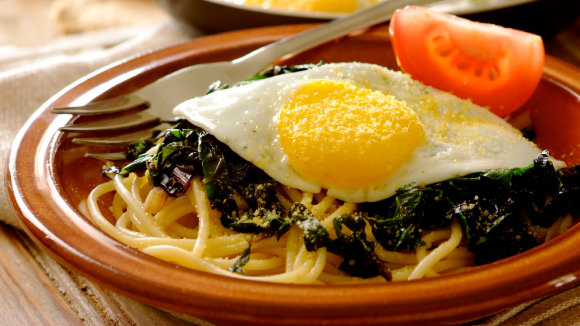 Spaghetti With Eggs On Spinach