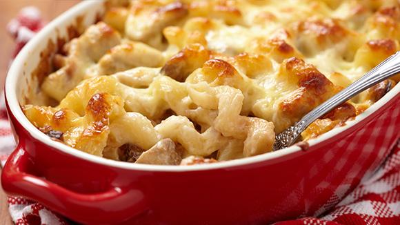Baked Macaroni in Cheesy Veggie Cream