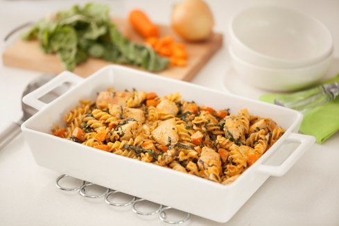 Pasta bake with chicken and spinach