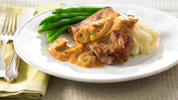 With 30 years shared experience at continental chefs john doyle and learn more beef stroganoff forumfinder Images