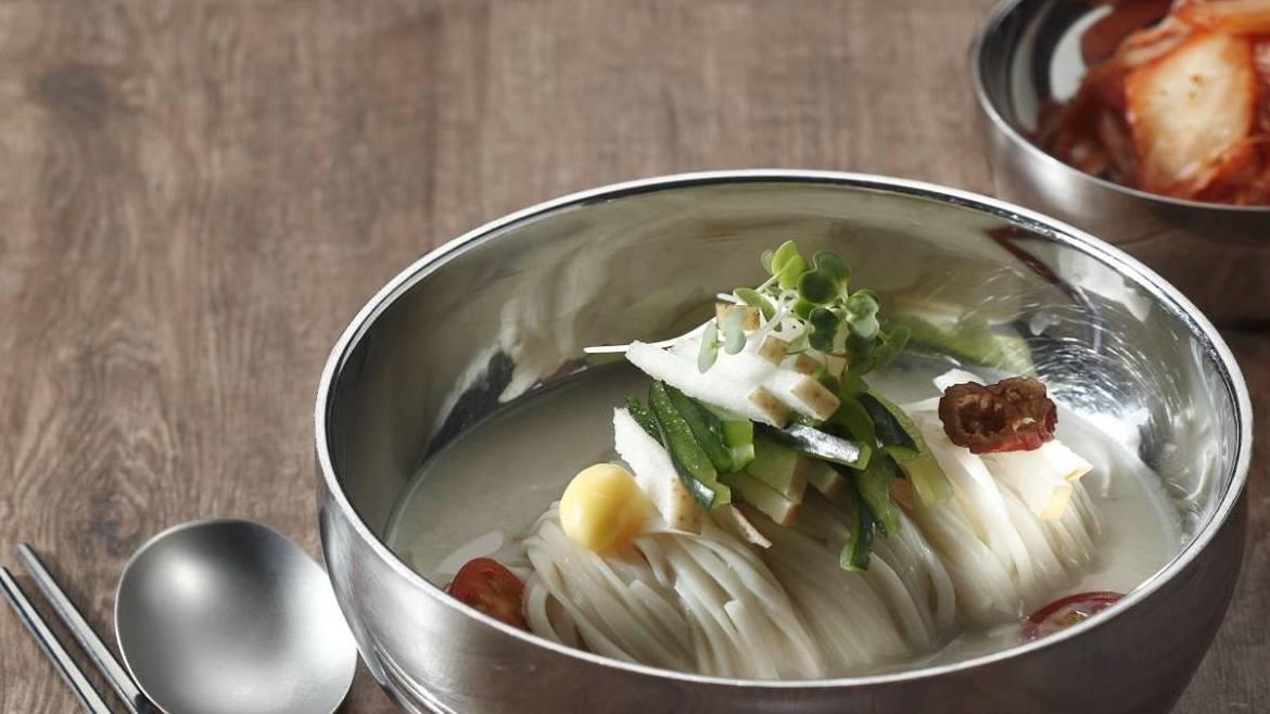 KOREAN COLD MILK SOUP NOODLE