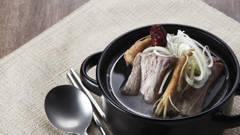 KOREAN GINSENG BEEF RIB SOUP