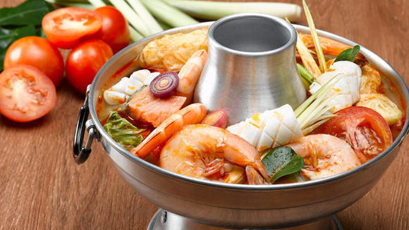 Tom Yam Steamboat Soup