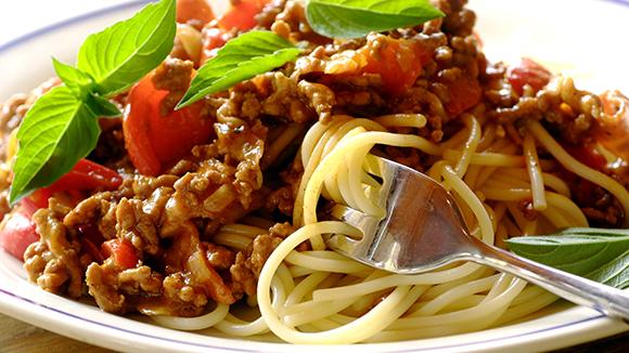 Speedy Spaghetti Bolognaise with Bacon