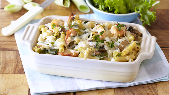 Baked Macaroni with Prawns, Leeks and Mushrooms
