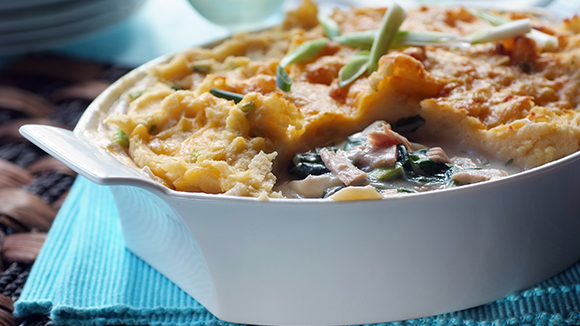 Cheesy Potato-Topped Tuna Pie