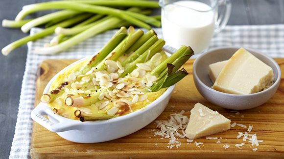 Cheesy Creamed Leeks with Parmesan and Almonds