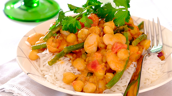 Coconut and Bean Curry