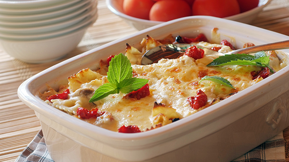 Creamy Chicken Pasta with Tomatoes and Mozzarella