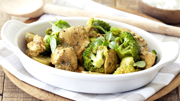 Creamy Chicken in a Bag with Broccoli and Pesto
