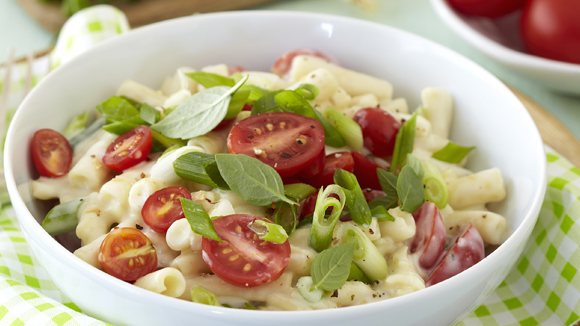 Macaroni Cheese with Cherry Tomatoes