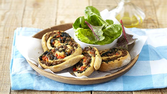 Savoury Mince and Spinach Pinwheels