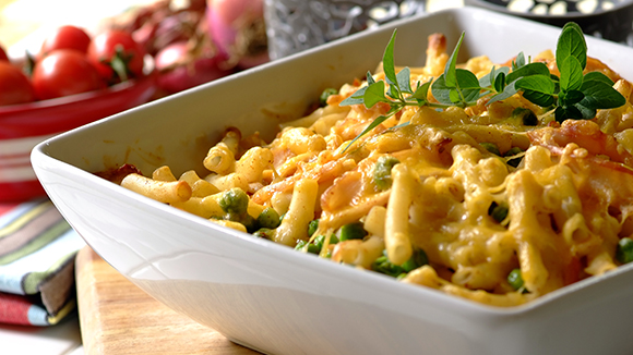Pasta Noodle Bake with Chicken and Mushrooms