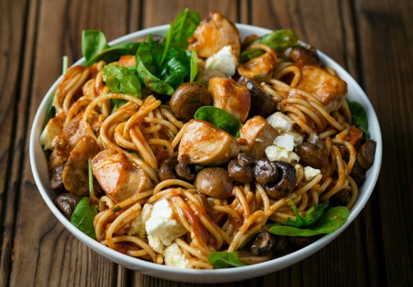 Spicy Chicken, Tomato and Spinach Spaghetti with Feta