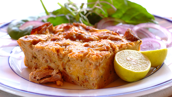 Tasty Tuna, Egg and Cheddar Bake