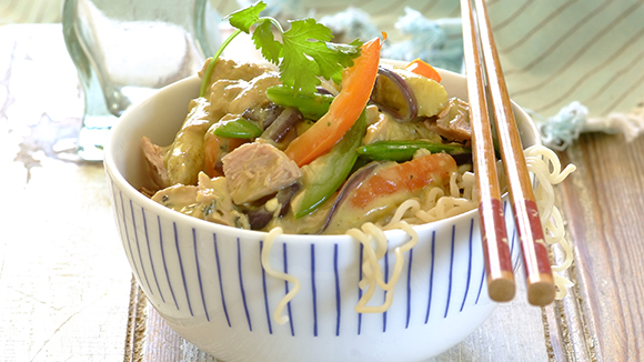 Thai tuna curry