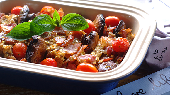 Tomato, Mushroom and Bacon Breakfast Bake
