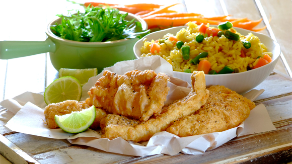 Crispy fish with spicy rice