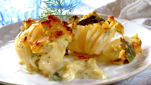 Potato, Garlic and Herb Braai Bake