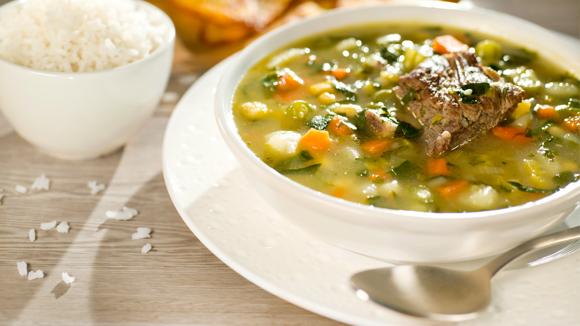 Receta casera sopa de verduras con costilla - Arroz con verduras y costillas ...