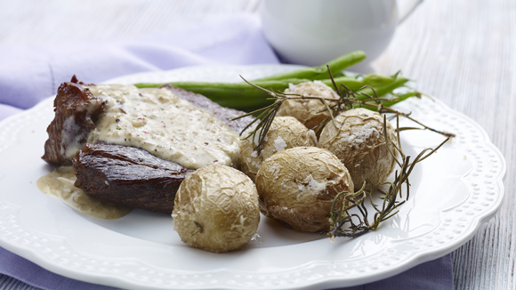 Filete asado de ternera con salsa de pimienta
