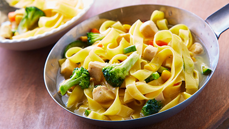 Sopa De Tallarines Con Vegetales