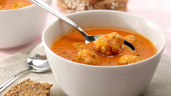 Soupe de tomates aux boulettes