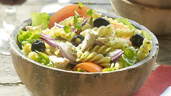 Salade estivale au poulet