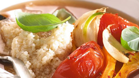 Bouillon méditerranéen avec couscous