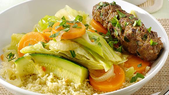 Couscous aux trois légumes et rouleaux de haché