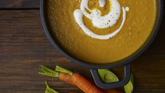 Soupe à la carotte et aux pois chiches