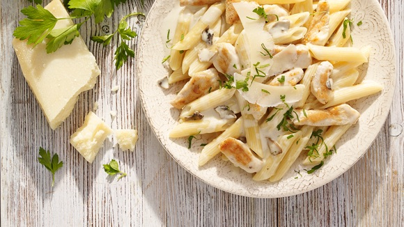 Pasta met kip en Champignon Roomsaus