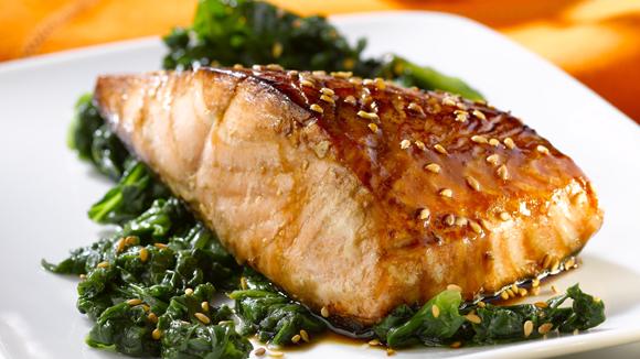 Pavé de saumon laqué au sésame