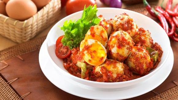 Tips Merebus dan Mengupas Telur