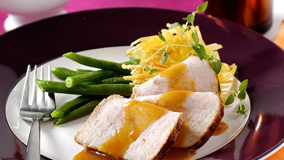 Filet met abrikozenglazuur, aardappelkrokantjes en sperzieboontjes